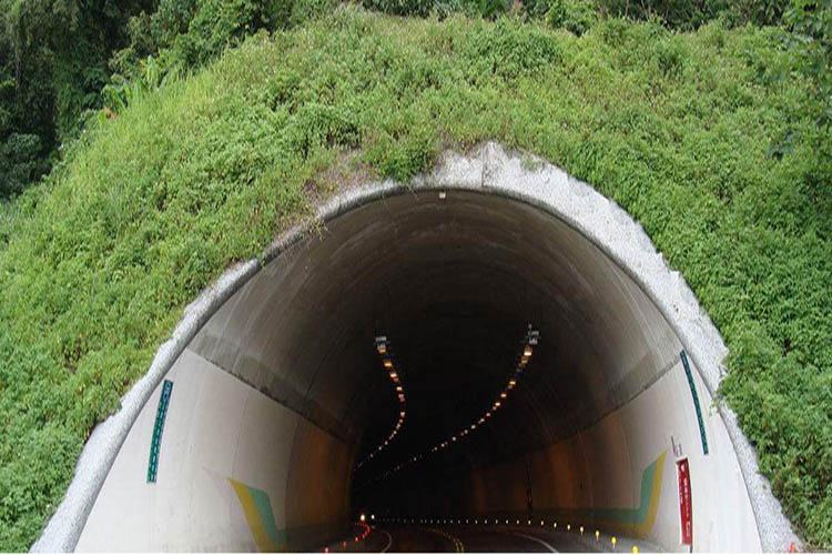 位移传感器在隧道结构检测领域的应用